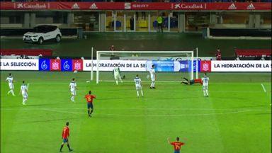 Morata misses open goal