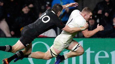 England 15-16 New Zealand