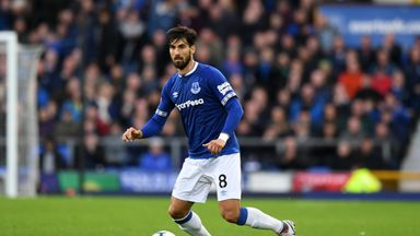 Silva: Gomes enjoying his time at Everton