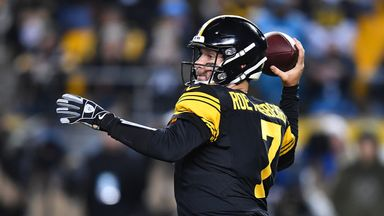 Roethlisberger throws five TDs