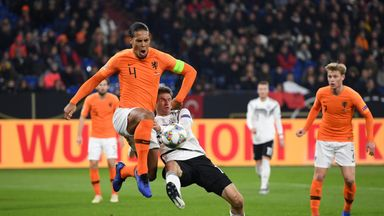 Van Dijk scores in Dutch rout