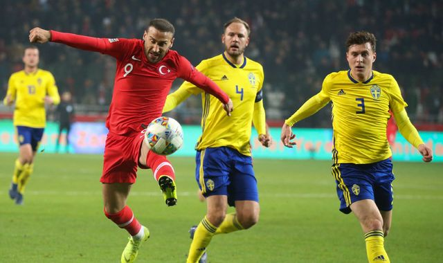 Victor Lindelof abuse prompts Swedish FA to contact police