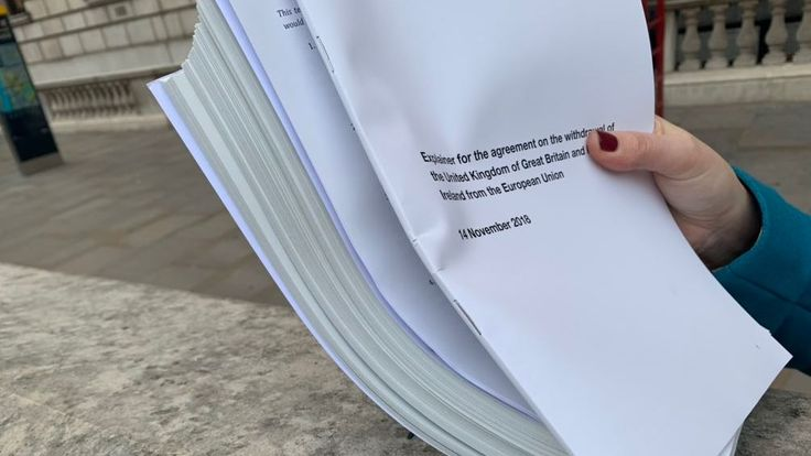 Theresa May's draft agreement is 585 pages long