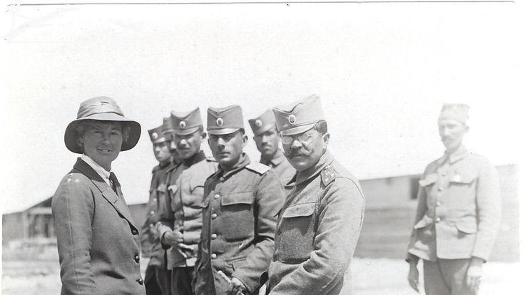 Flora Sandes inspecting Serbian troops