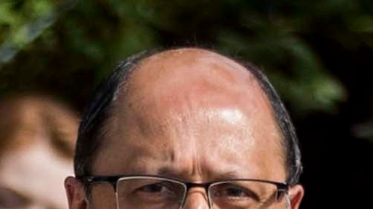 Shailesh Vara was the first Tory to resign after the agreement was passed by cabinet