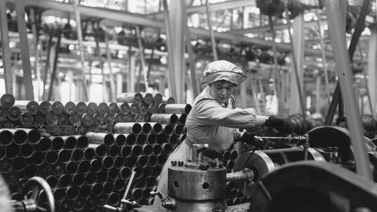 Work in munitions factories was often monotonous and laborious