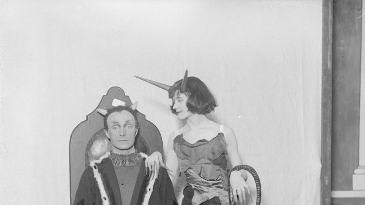The woman's devil in the play 'The First Distiller' in 1917