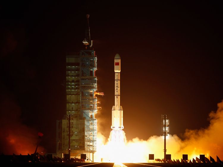 A Long March 2F rocket carrying the country's first space laboratory module Tiangong-1 lifts off from the Jiuquan Satellite Launch Center on September 29, 2011 in Jiuquan, Gansu province of China. The unmanned Tiangong-1 will stay in orbit for two years and dock with China's Shenzhou-8, -9 and -10 spacecraft for China's eventual goal of establishing a manned space station around 2020.
