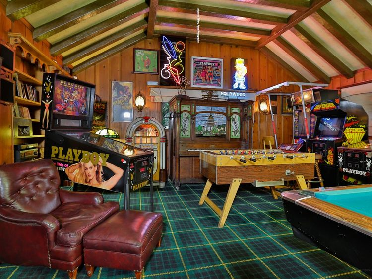 Items from the tycoon's games room are up for sale. Pic: Julien's Auctions