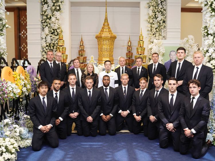 Leicester City players and staff with Vichai Srivaddhanaprabha's son Aiyawatt