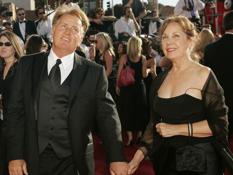 Martin Sheen (L) and his wife Janet