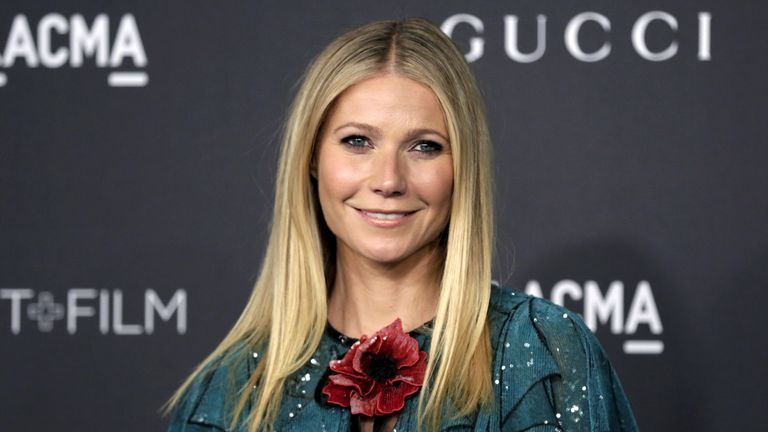 Actress Gwyneth Paltrow arrives at the LACMA Art + Film Gala in Los Angeles, California, November 7, 2015. REUTERS/Jonathan Alcorn