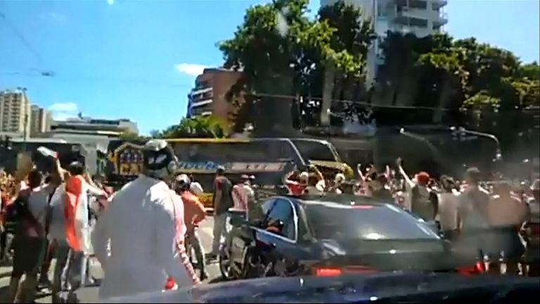 Players injured as fans attack Boca bus