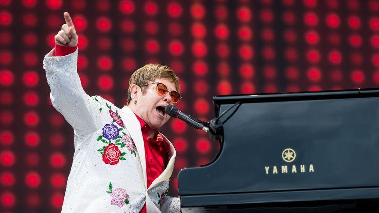 Elton John Performs at the Twickenham Stoop LONDON, ENGLAND - JUNE 03: Elton John performs live at Twickenham Stoop on June 3, 2017 in London, England. (Photo by Ian Gavan/Getty Images for Harlequins)