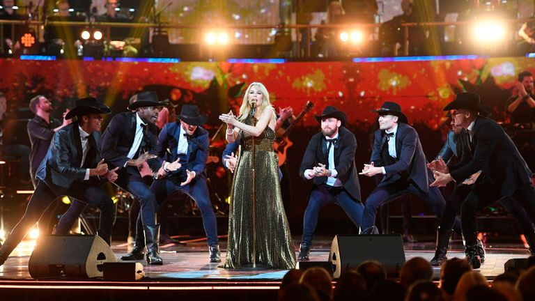 Australian singer Kylie Minogue performs on stage at The Queen's Birthday Party concert at the Royal Albert Hall in London on April 21, 2018 on the occassion of Britain's Queen Elizabeth II's 92nd birthday. (Photo by Andrew Parsons / POOL / AFP) (Photo credit should read ANDREW PARSONS/AFP/Getty Images)