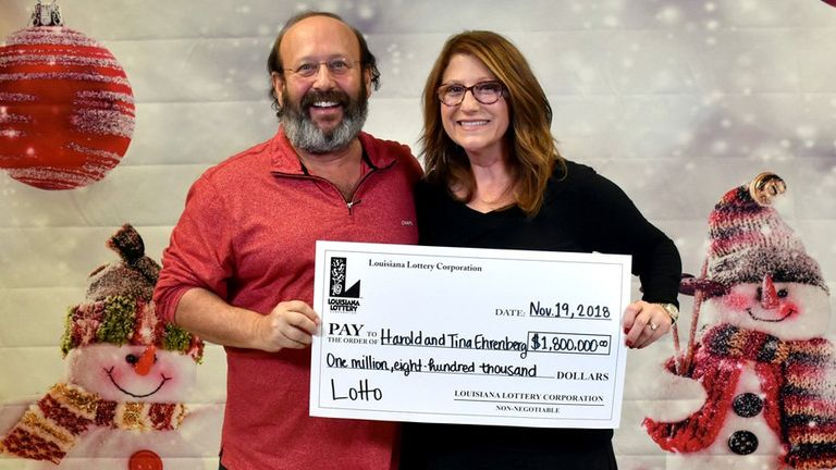 Harold and Tina Ehrenberg with their prize . Pic: Louisiana Lottery