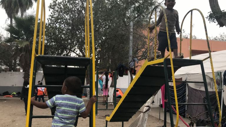A number of the migrants headed to America are children