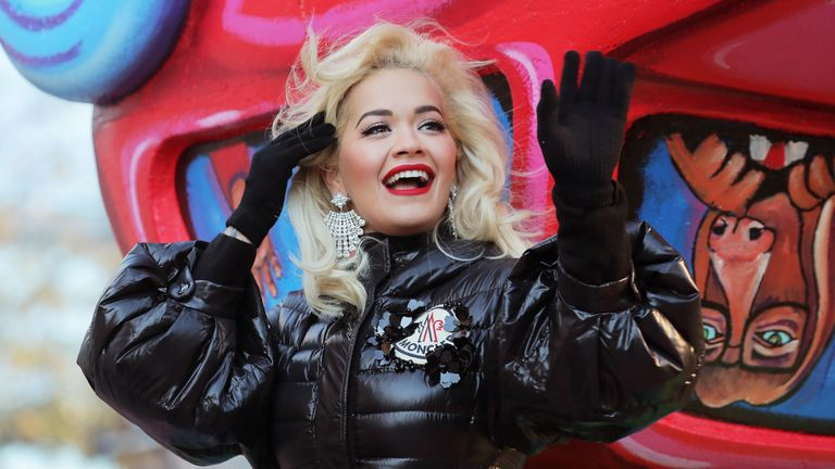 Rita Ora's performance was it by technical difficulties, Macy's says