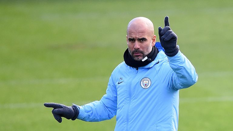 Marouane Fellaini says Manchester United are not far off Manchester City