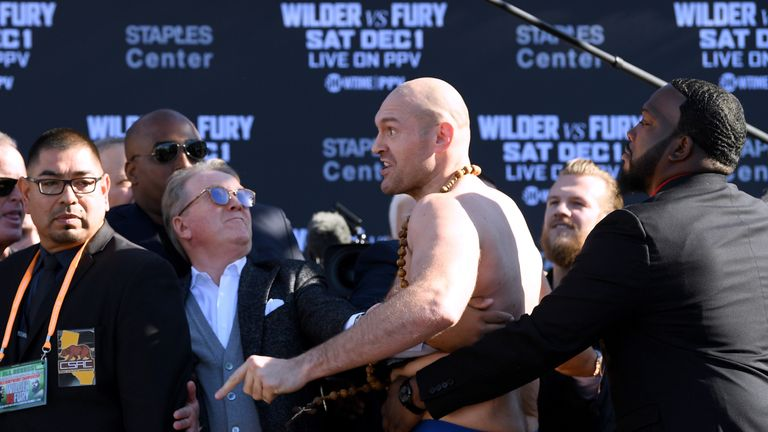 Wilder vs Fury: Tyson Fury three stone heavier than Deontay Wilder | Boxing News |