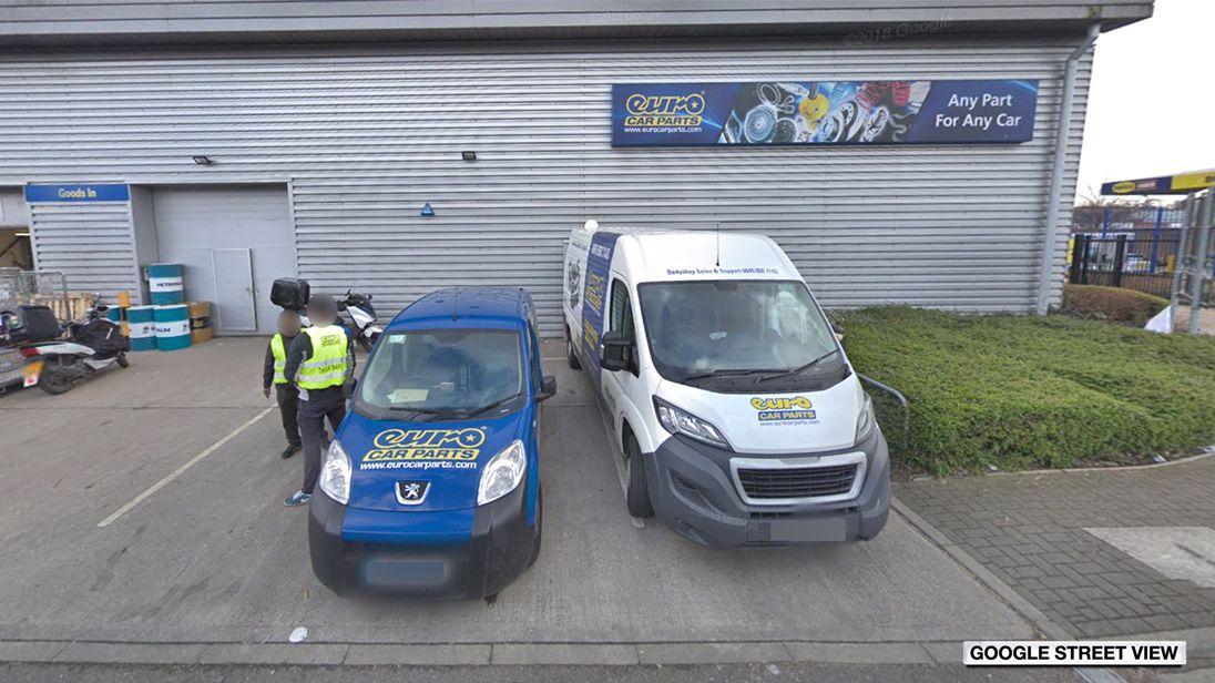 Jobs Axe Hangs Over Car Parts Distributor As Top Team Quits