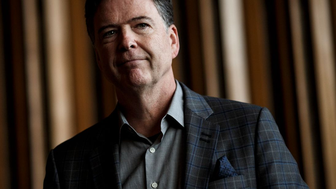James Comey says he has agreed to 'sit in the dark&#39