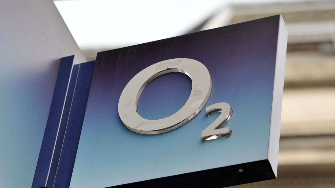 O2 shop sign in central London