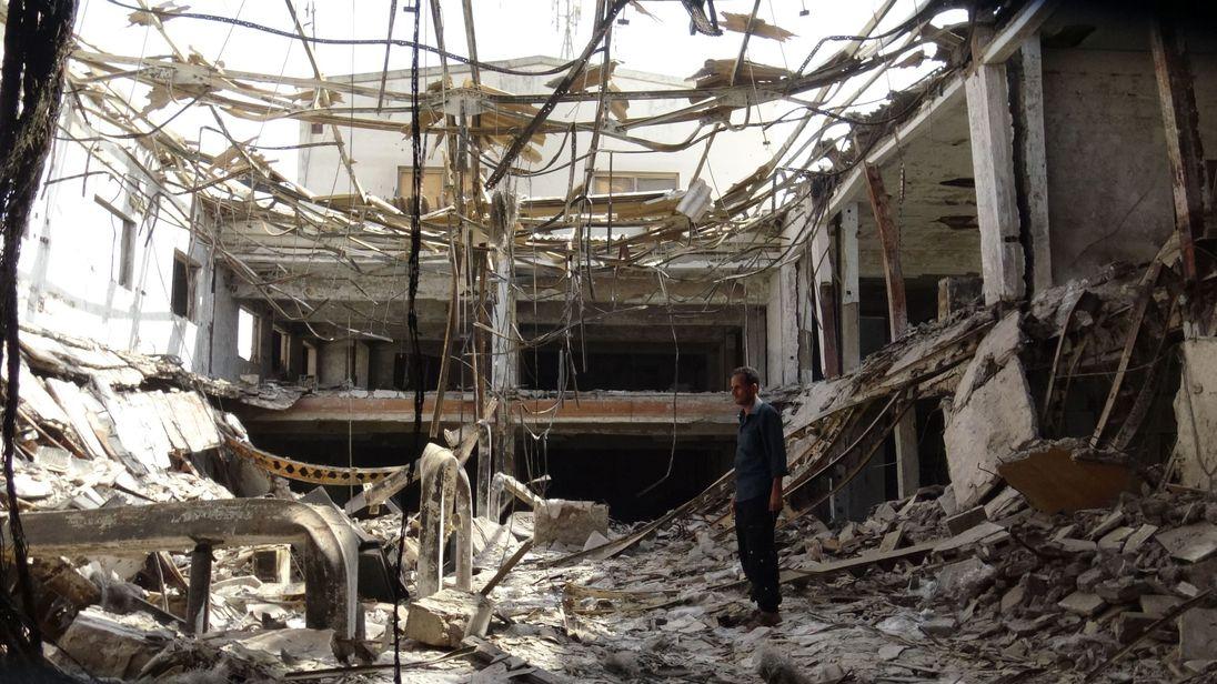 Yemen clashes: Ceasefire 'broken in minutes' in Hodeida