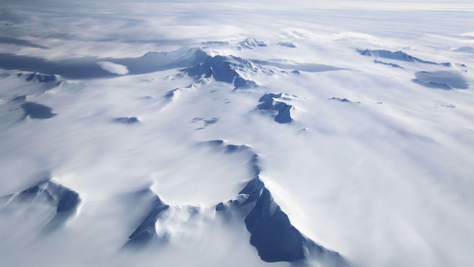 Está nevando más en la Antártida 'debido al calentamiento global', dicen los científicos