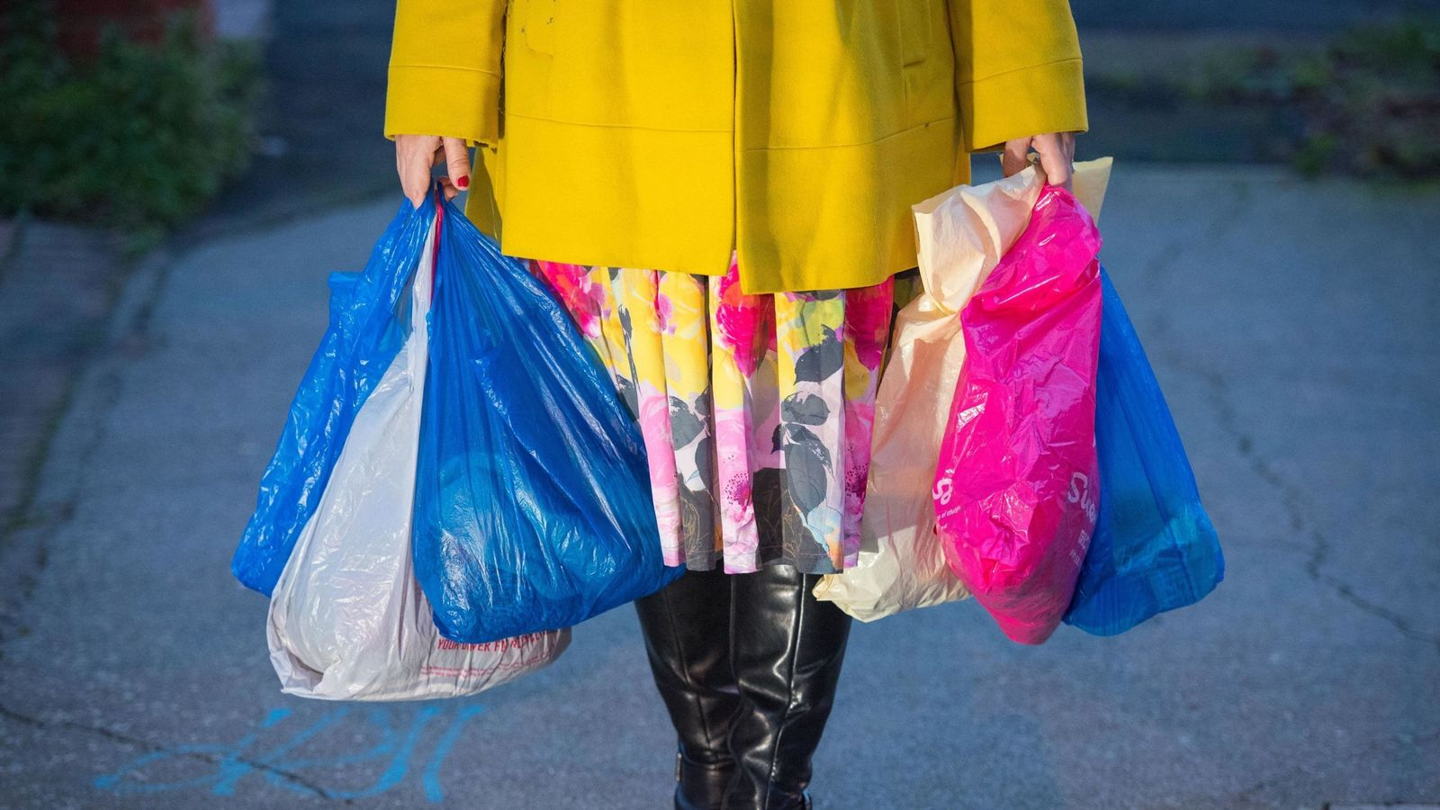 Plastic bag charge to be doubled to 10p in all shops ...