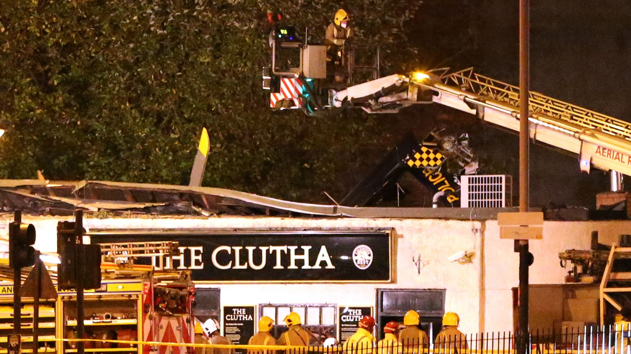 Pilot 'could have prevented' Glasgow helicopter crash which killed 10