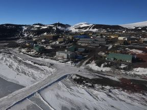 The US-owned McMurdo Station is in the New Zealand-claimed territory of Ross Island