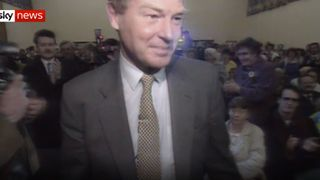Paddy Ashdown shakes hands at a 1992 campaign rally