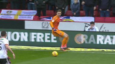 Henderson howler gifts Leeds goal