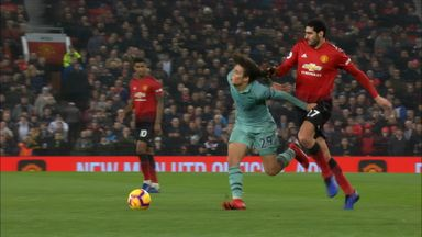 Hairy moment for Fellaini, Guendouzi