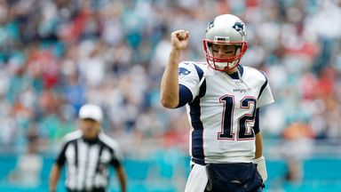 Brady breaks all-time TD record
