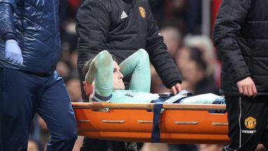 Emery: Holding injury not good