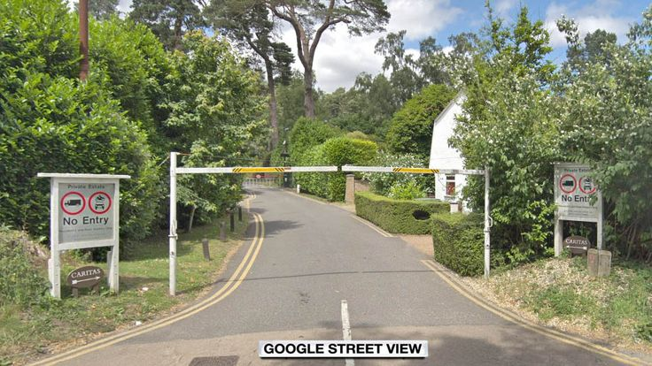 Camp End Road, Weybridge