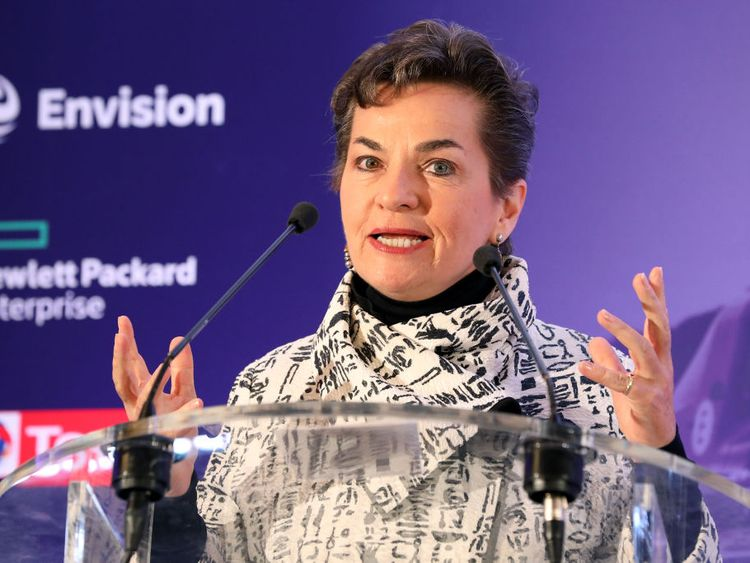 Christiana Figueres warns that global CO2 emissions must start to fall
