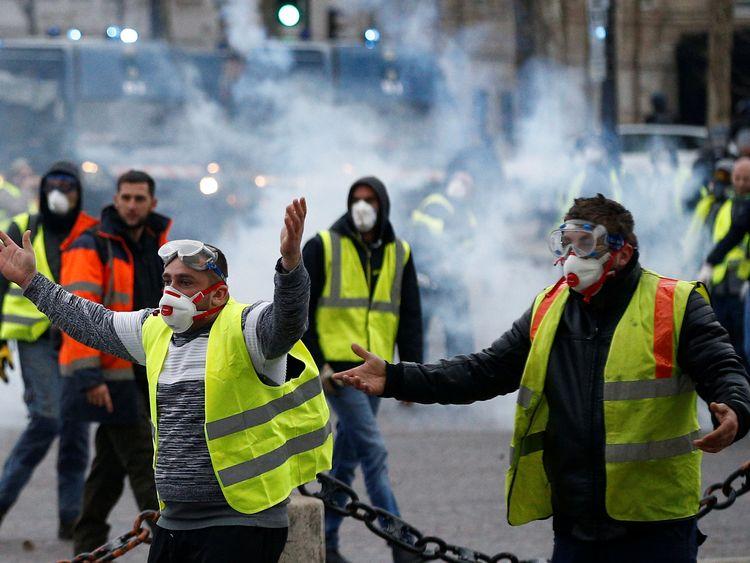 81 arrested as Paris fuel protests turn violent