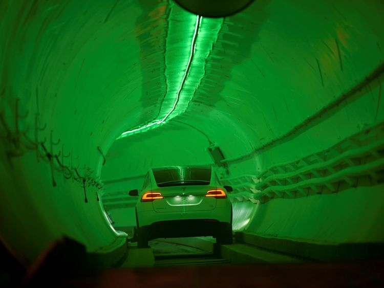 Musk tunnel