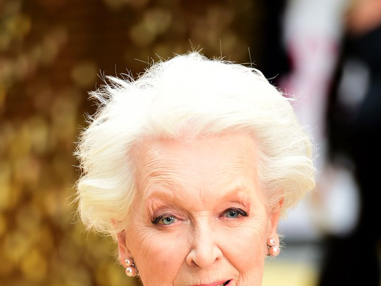 Ab Fab stars say goodbye to Dame June Whitfield