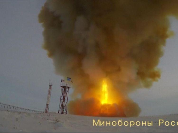 Putin watches 'fireball' Avangard nuclear missile launch