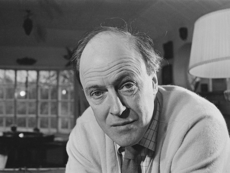 Roald Dahl pictured in 1971
