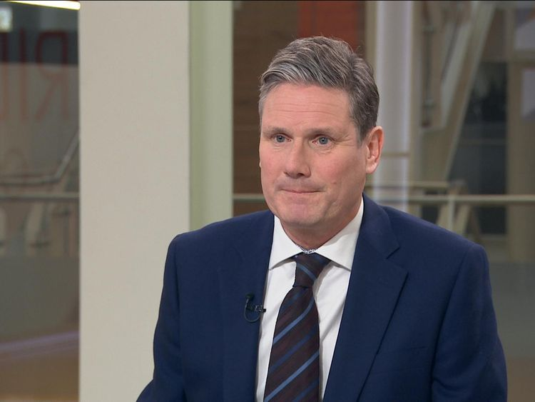 Sir Keir Starmer says Labour will start contempt proceedings against the government if the PM fails to publish the full legal advice for Brexit.