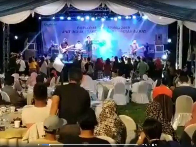 indonesia volcano tsunami pop band members among dead