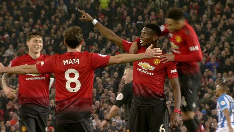 Pogba dvěma góly definitivně rozhodl o výhře Manchesteru (zdroj:skysports.com).