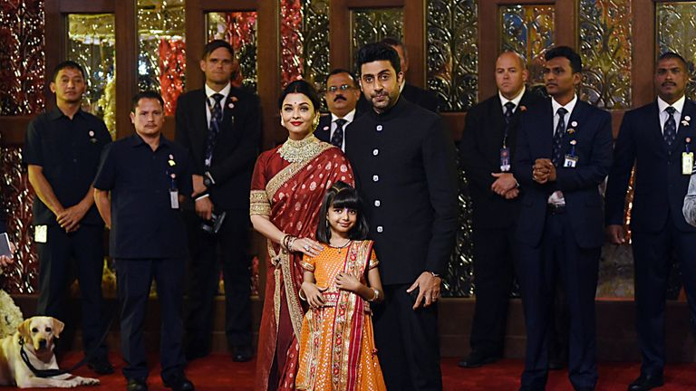 Bollywood stars Aishwarya Rai Bachchan and Abhishek Bachchan spotted at the event