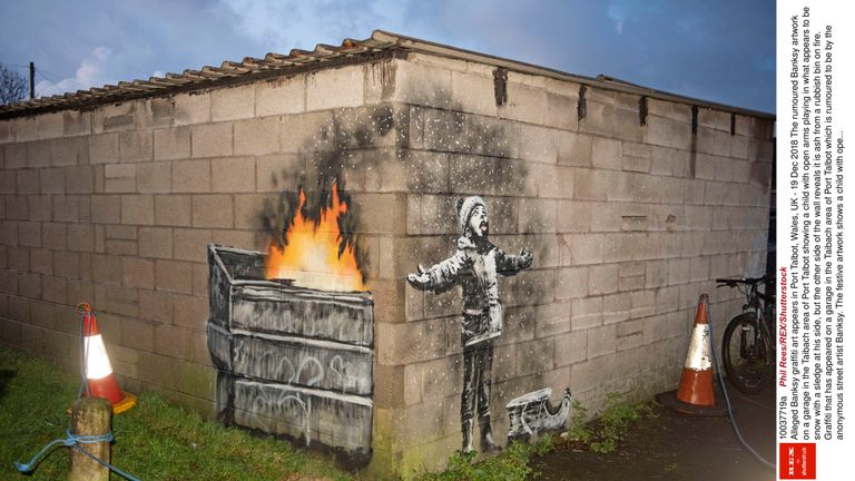 Alleged Banksy graffiti art appears in Port Talbot, Wales