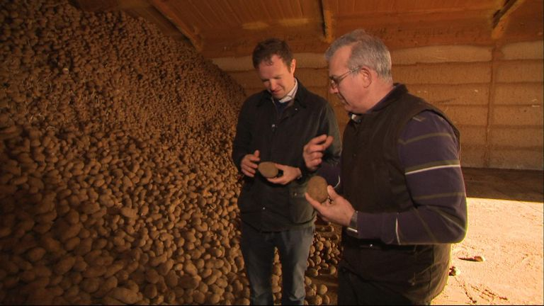 Tim Papworth explains what is the perfect size for a 'crisping' potato